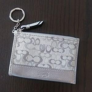 Coach Silver keychain/cardholder Excellent